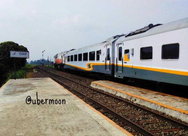 Stasiun Cisaat..