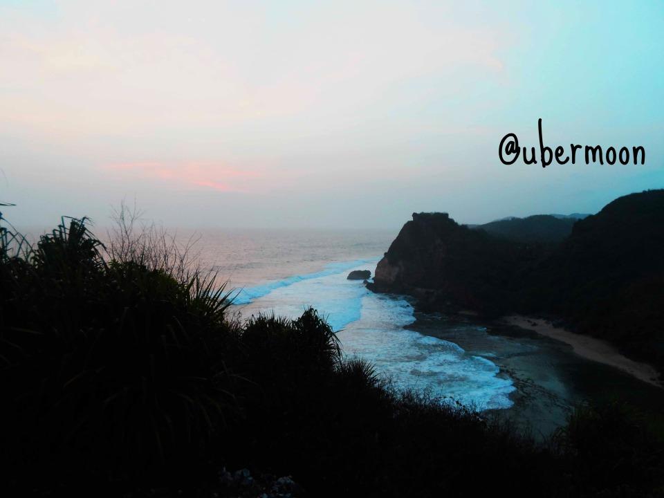 Pantai Ngobaran2