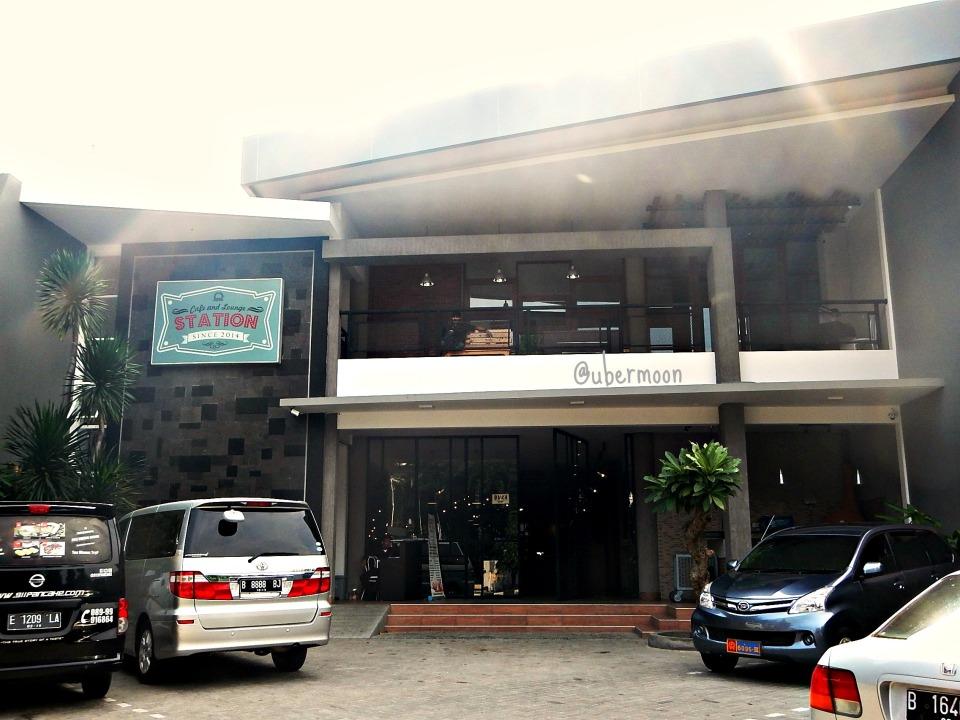 I'm not kidding when I say Cirebon has nine suns. :D