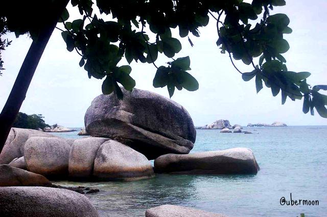 big-rock-in-babi-island