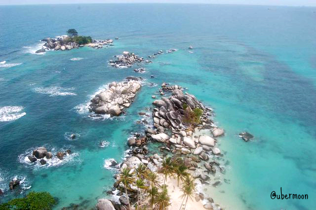 view-from-lengkuas-island-lighthouse