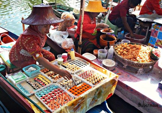hatyai floating market