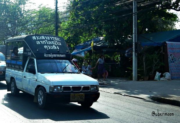 songtaew-thailand