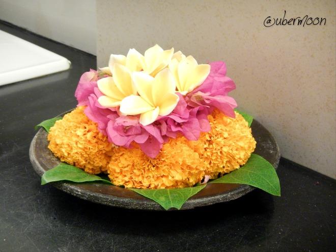 flower-offering-bali