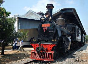 lokomotif-uap