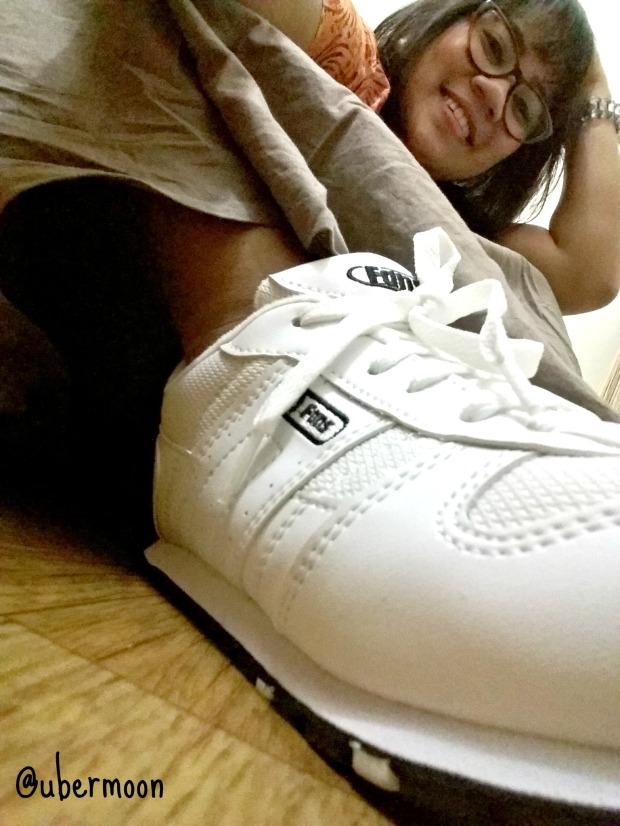 sepatu-olahraga