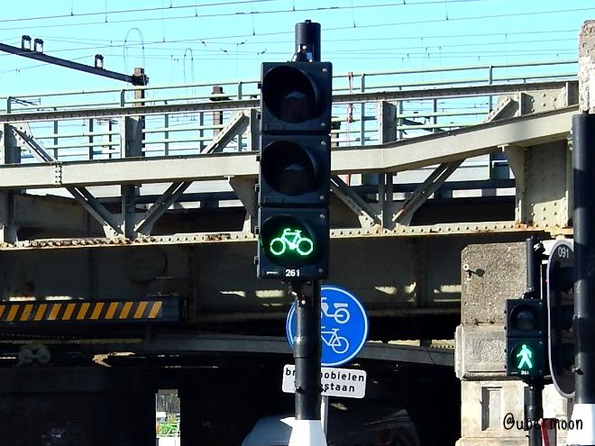 lampu-lalu-lintas-sepeda-belanda