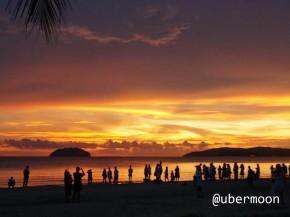 watching-sunset-at-tanjung-aru-sabah