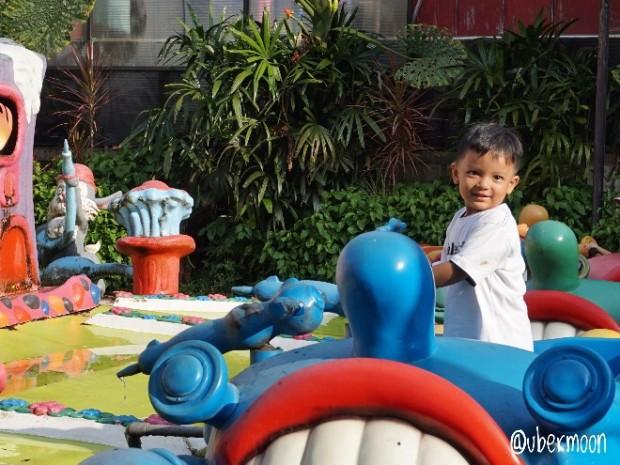 playground-batu-secret-zoo