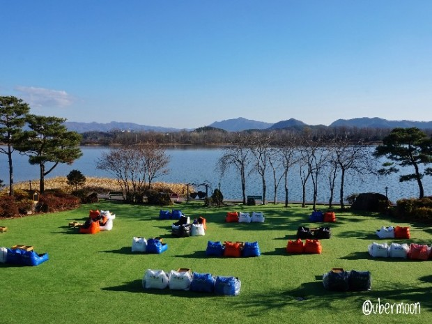 lakeside-cafe-in-chuncheon