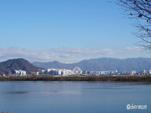 chuncheon-lake-view
